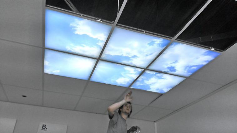 Ceilsky opbouw fotoplafond, opbouw wolkenplafond, opbouw luchtplafond, luchtfoto op plafond, foto van lucht op plafond, 60x60 fotoplafond, 60x60cm fotoplaten, 60x60 luchtplafond